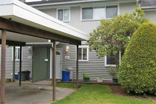 "Photo 2: 69 45185 WOLFE Road in Chilliwack: Chilliwack W Young-Well Townhouse for sale in ""TOWNSEND GREENS"" : MLS®# R2288241"
