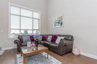 """Photo 5: 403 19936 56 Avenue in Langley: Langley City Condo for sale in """"BEARING POINTE"""" : MLS®# R2236302"""