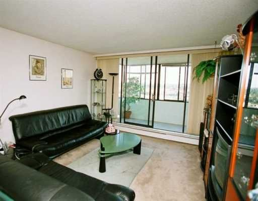 """Main Photo: 1704 2020 BELLWOOD AV in Burnaby: Brentwood Park Condo for sale in """"VANTAGE POINT I"""" (Burnaby North)  : MLS®# V594926"""