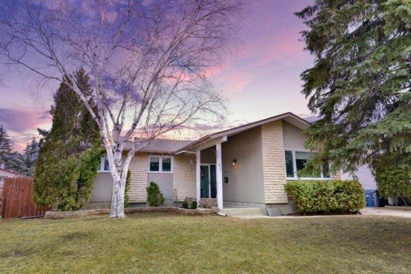 Main Photo: 43 McMasters Road in Winnipeg: Fort Richmond Residential for sale (1K)  : MLS®# 202007761
