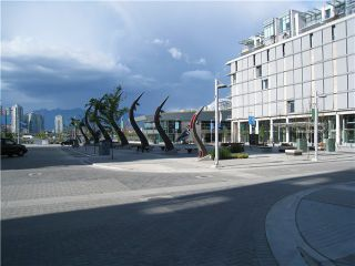"""Photo 3: 707 123 W 1ST Avenue in Vancouver: Mount Pleasant VW Condo for sale in """"MILLENIUM WATER"""" (Vancouver West)  : MLS®# V840148"""