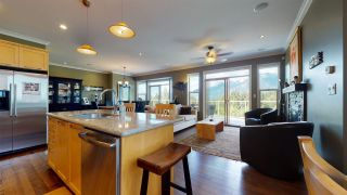 Photo 5: 4 2662 RHUM & EIGG Drive in Squamish: Garibaldi Highlands House for sale : MLS®# R2577127