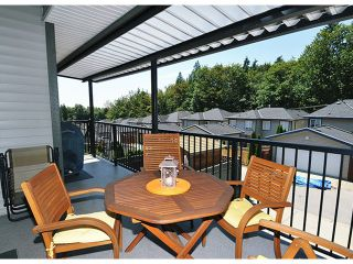 """Photo 6: 10369 ROBERTSON Street in Maple Ridge: Albion House for sale in """"THORNHILL HEIGHTS"""" : MLS®# V1135215"""