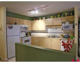 """Photo 3: 102 9668 148TH Street in Surrey: Guildford Condo for sale in """"Hartford Woods"""" (North Surrey)  : MLS®# F2708575"""