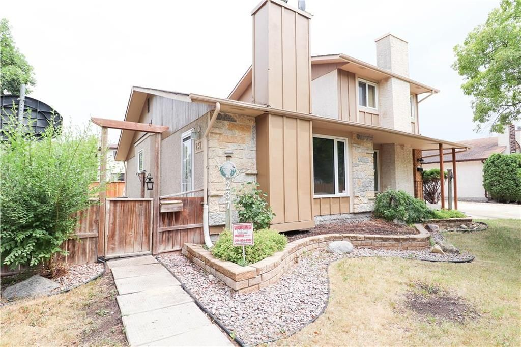 Main Photo: 237 Cambie Road in Winnipeg: Lakeside Meadows Residential for sale (3K)  : MLS®# 202117344