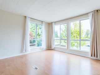 Photo 4: 936 Kasba Cir in FRENCH CREEK: PQ French Creek Manufactured Home for sale (Parksville/Qualicum)  : MLS®# 818720