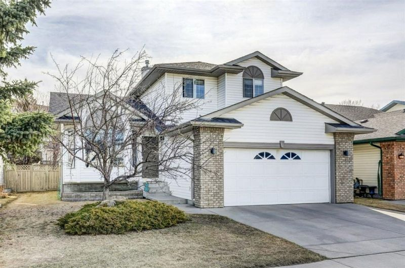 FEATURED LISTING: 10 Jensen Heights Place Northeast Airdrie