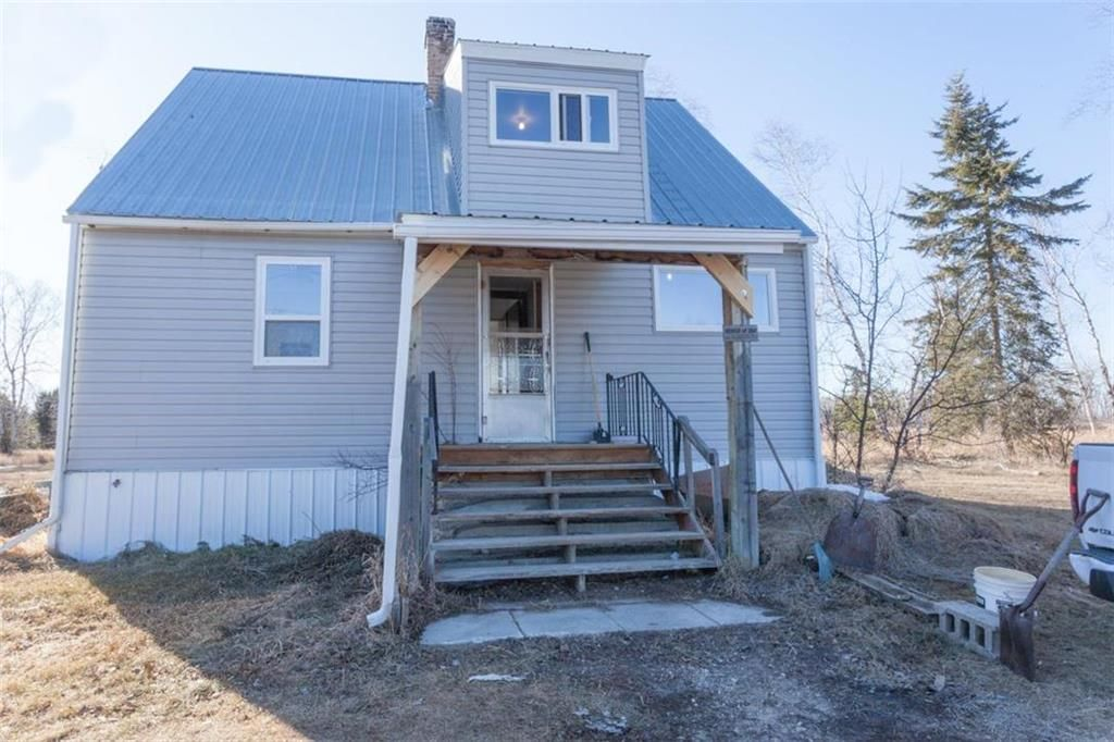 Main Photo: 77083 Morden Sprague Road in South Junction: R17 Residential for sale : MLS®# 202112094