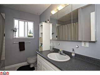 "Photo 8: 20760 39TH Avenue in Langley: Brookswood Langley House for sale in ""BROOKSWOOD"" : MLS®# F1219961"