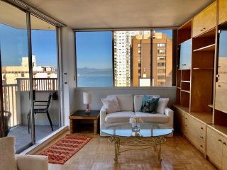 """Photo 4: 1101 1251 CARDERO Street in Vancouver: West End VW Condo for sale in """"Surfcrest"""" (Vancouver West)  : MLS®# R2605106"""