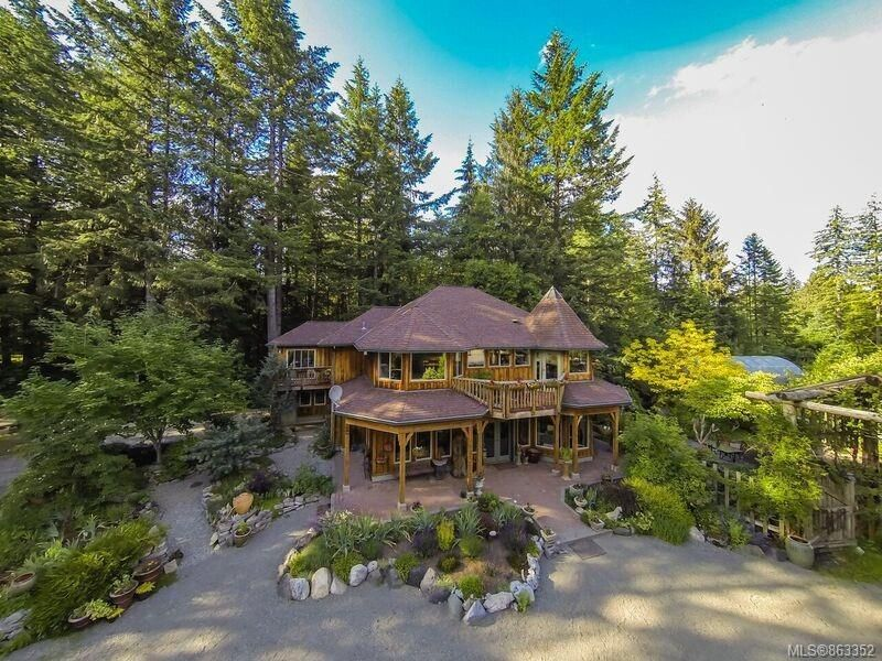Main Photo: 4737 Gordon Rd in : CR Campbell River North House for sale (Campbell River)  : MLS®# 863352