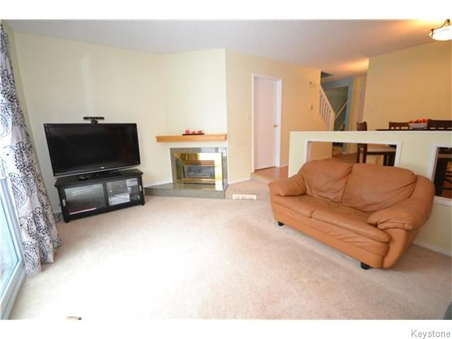 Photo 3: Photos: 27 Apple Lane in WINNIPEG: Westwood / Crestview Condominium for sale (West Winnipeg)  : MLS®# 1600157