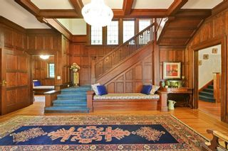 Photo 2: 1000 Terrace Ave in : Vi Rockland House for sale (Victoria)  : MLS®# 879257