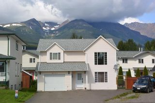 Photo 40: 4231 MOUNTAINVIEW Crescent in Smithers: Smithers - Town House for sale (Smithers And Area (Zone 54))  : MLS®# R2484583