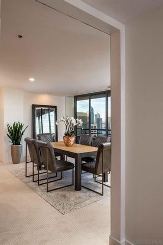 Photo 17: DOWNTOWN Condo for sale : 1 bedrooms : 700 Front Street #2305 in San Diego
