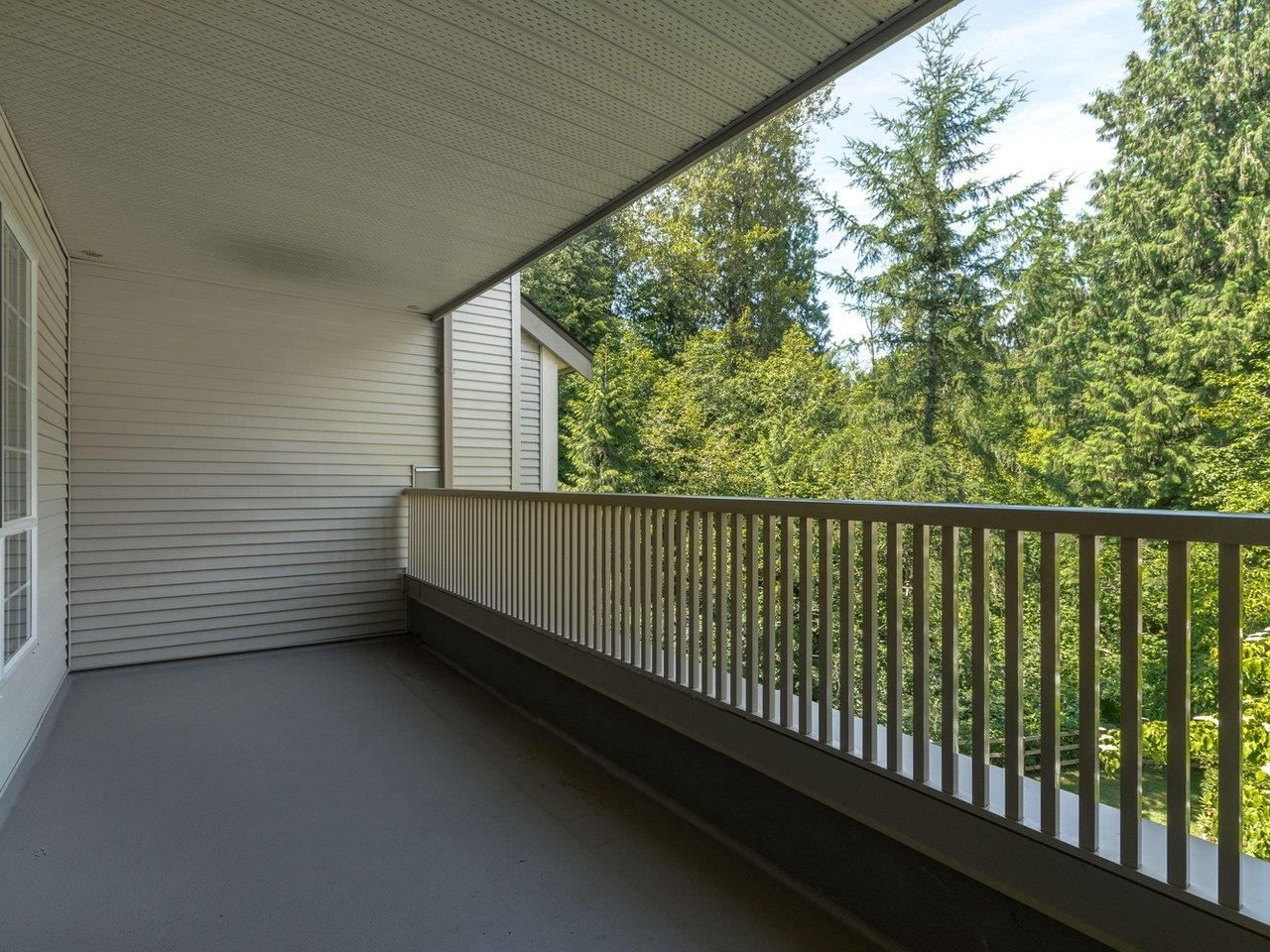 """Photo 9: Photos: 320 1252 TOWN CENTRE Boulevard in Coquitlam: Canyon Springs Condo for sale in """"The Kennedy"""" : MLS®# R2595291"""