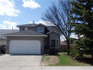 Photo 1: 596 MEADOWBROOK Bay SE: Airdrie Residential Detached Single Family for sale : MLS®# C3615313