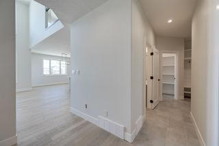Photo 4: 9807 223 Street in Edmonton: Zone 58 House for sale : MLS®# E4238023