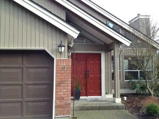"""Photo 1: 19 4055 INDIAN RIVER Drive in North Vancouver: Indian River Townhouse for sale in """"THE WINCHESTER"""" : MLS®# V931998"""