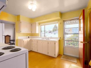 """Photo 8: 475 CUMBERLAND Street in New Westminster: The Heights NW House for sale in """"The Heights"""" : MLS®# R2455900"""