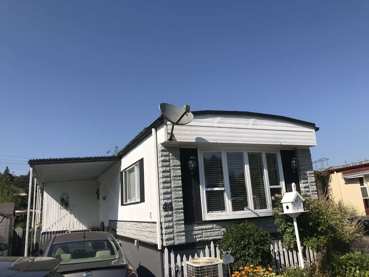 """Main Photo: 44 3300 HORN Street in Abbotsford: Central Abbotsford Manufactured Home for sale in """"Georgian Park"""" : MLS®# R2481723"""