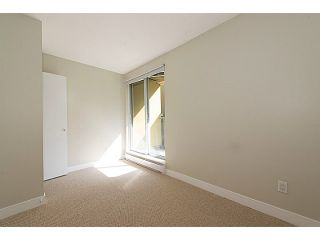 """Photo 8: 30 795 W 8TH Avenue in Vancouver: Fairview VW Townhouse for sale in """"DOVER POINTE"""" (Vancouver West)  : MLS®# V1002924"""
