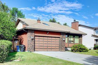 Photo 4: 27 Castlebury Way NE in Calgary: Castleridge Detached for sale : MLS®# A1124500