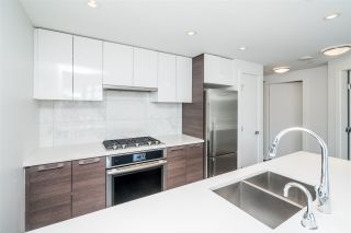 """Photo 14: 511 3557 SAWMILL Crescent in Vancouver: South Marine Condo for sale in """"One Town Centre"""" (Vancouver East)  : MLS®# R2569435"""