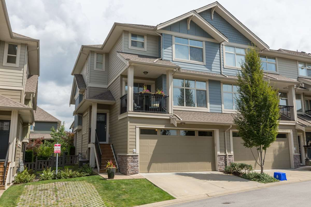 """Main Photo: 31 22225 50 Avenue in Langley: Murrayville Townhouse for sale in """"Murrays Landing"""" : MLS®# R2092904"""