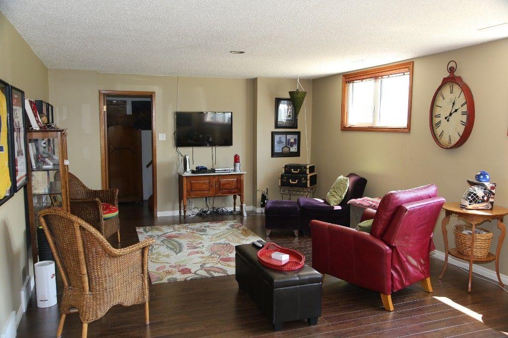 Photo 28: Photos: 105 Athlone Drive in Winnipeg: Grace Hospital Single Family Detached for sale (West Winnipeg)  : MLS®# 1516101