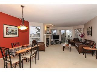 """Photo 6: 207 5419 201A Street in Langley: Langley City Condo for sale in """"Vista Gardens"""" : MLS®# F1401974"""