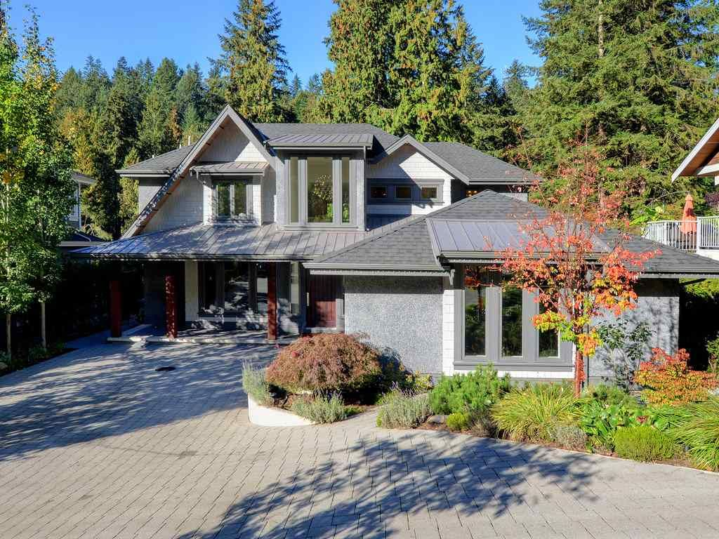 Main Photo: 1333 RIVERSIDE Drive in North Vancouver: Seymour NV House for sale : MLS®# R2312299