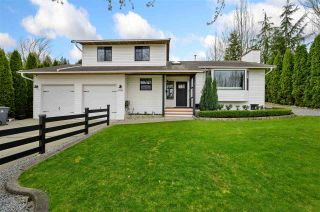 """Photo 3: 17210 62A Avenue in Surrey: Cloverdale BC House for sale in """"GREENAWAY"""" (Cloverdale)  : MLS®# R2559037"""