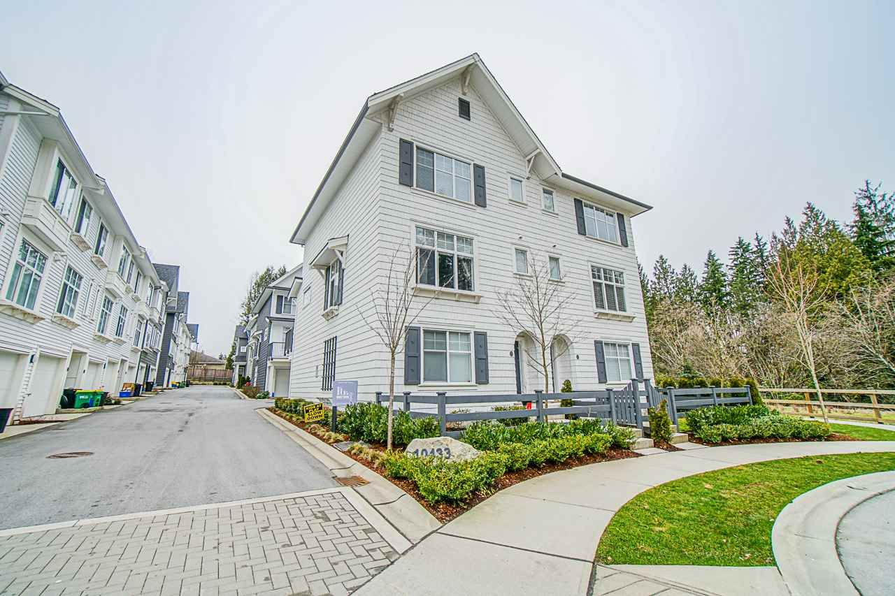 """Main Photo: 19 10433 158 Street in Surrey: Guildford Townhouse for sale in """"Guildford the great II"""" (North Surrey)  : MLS®# R2441107"""