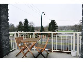 "Photo 8: 204 2477 KELLY Avenue in Port Coquitlam: Central Pt Coquitlam Condo for sale in ""SOUTH VERDE"" : MLS®# V985457"