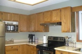 Photo 5: 23 OLFORD Crescent in Winnipeg: Residential for sale (Canada)  : MLS®# 1201386