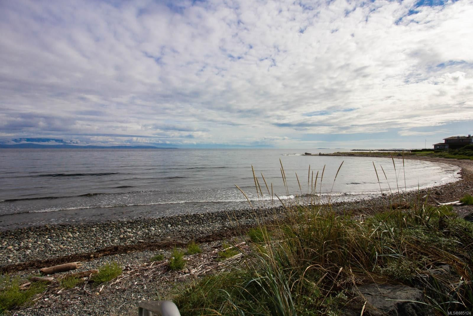 Photo 25: Photos: 1705 Admiral Tryon Blvd in : PQ French Creek House for sale (Parksville/Qualicum)  : MLS®# 885124