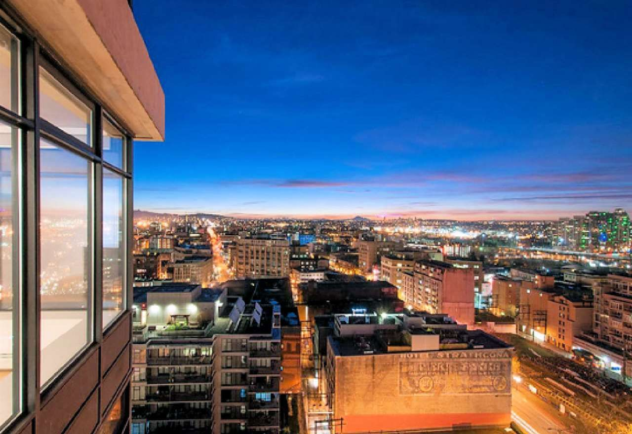 """Photo 20: Photos: 2404 108 W CORDOVA Street in Vancouver: Downtown VW Condo for sale in """"Woodwards"""" (Vancouver West)  : MLS®# R2419147"""