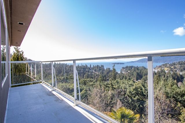 Photo 39: Photos: 5532 Westhaven Rd in West Vancouver: Eagle Harbour House for rent ()