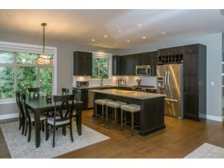 "Photo 4: 305 15175 36 Avenue in Surrey: Morgan Creek Condo for sale in ""Edgewater"" (South Surrey White Rock)  : MLS®# R2039054"