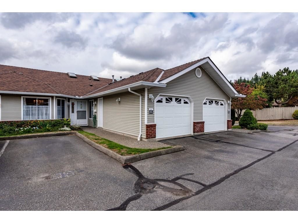 """Main Photo: 85 1973 WINFIELD Drive in Abbotsford: Abbotsford East Townhouse for sale in """"Belmont Ridge"""" : MLS®# R2619692"""