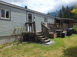 Photo 4: 9C 65367 KAWKAWA LAKE Road in Hope: Hope Kawkawa Lake Manufactured Home for sale : MLS®# R2535147