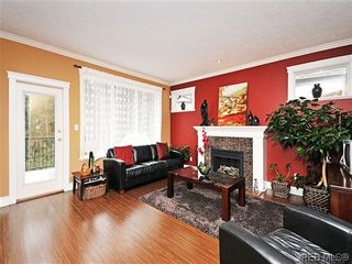Photo 2: 973 Cavalcade Terr in VICTORIA: La Florence Lake House for sale (Langford)  : MLS®# 603412