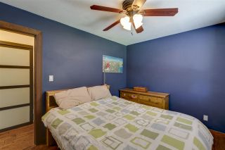 """Photo 10: 41852 GOVERNMENT Road in Squamish: Brackendale House for sale in """"Brackendale"""" : MLS®# R2368002"""