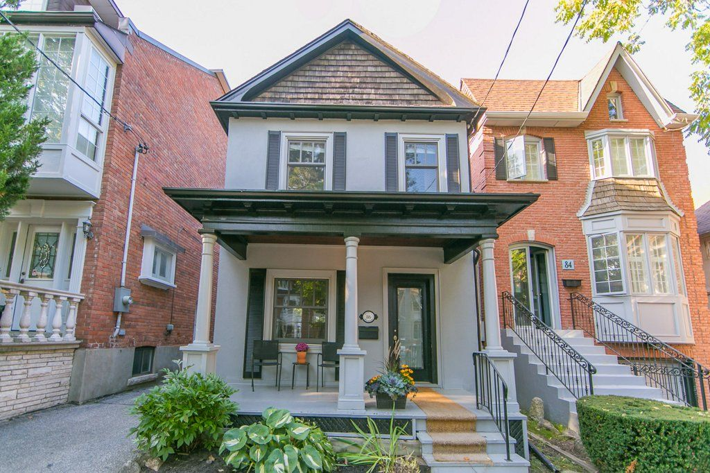 Main Photo: 86 Walmsley Boulevard in Toronto: Freehold for sale (Toronto C02)  : MLS®# C3938001
