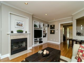 Photo 4: 1456 STEVENS Street: White Rock Townhouse for sale (South Surrey White Rock)  : MLS®# F1400124