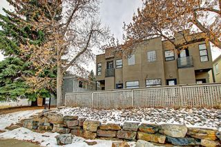 Photo 3: 1 2435 29 Street SW in Calgary: Killarney/Glengarry Row/Townhouse for sale : MLS®# A1059155