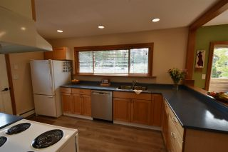 Photo 13: 14545 16 Avenue in Surrey: Sunnyside Park Surrey House for sale (South Surrey White Rock)  : MLS®# R2405150