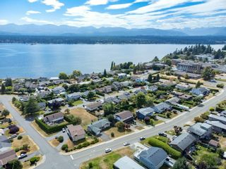 Photo 41: 2045 Beaufort Ave in : CV Comox (Town of) House for sale (Comox Valley)  : MLS®# 884580