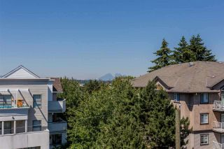 Photo 2: 401 20281 53A AVENUE in Langley: Langley City Condo for sale : MLS®# R2297703